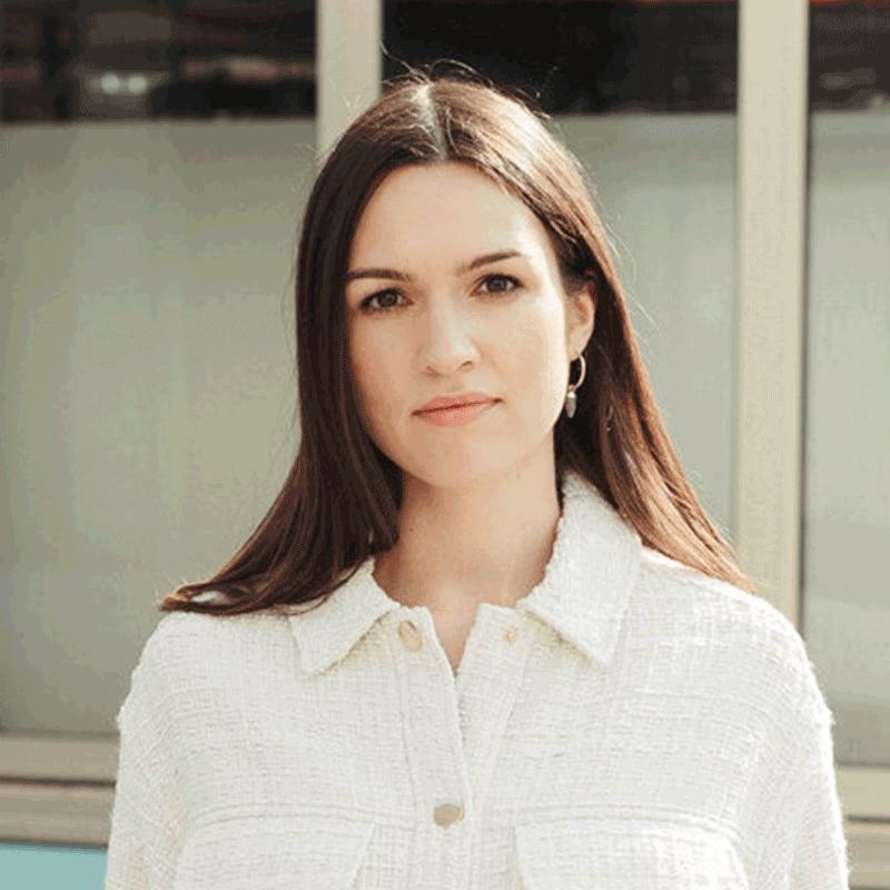 Profilfoto von Alina Ludwig, Social Media-Expertin von ODALINE